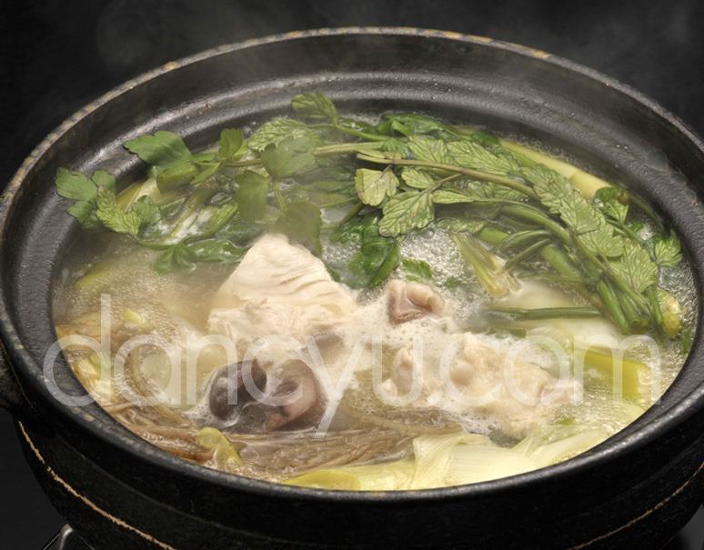 「比内地鶏でつくる究極の水炊き&雑炊セット」  3〜4人前 ※冷蔵の写真
