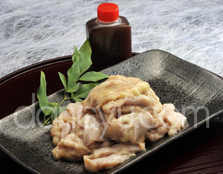 【熊本県肥育馬肉】焼肉用 馬肉 上ほるもん(大腸) 特製タレ付 約200g ※冷蔵の写真