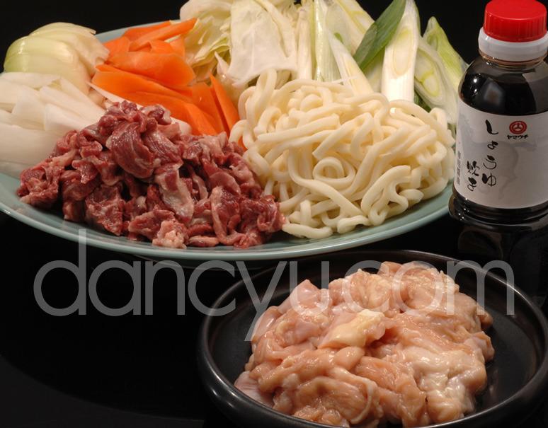 【熊本県肥育馬肉】まるよしの『極上馬肉のしょうゆ炊き鍋』セット (3〜4人用) ※冷蔵の写真