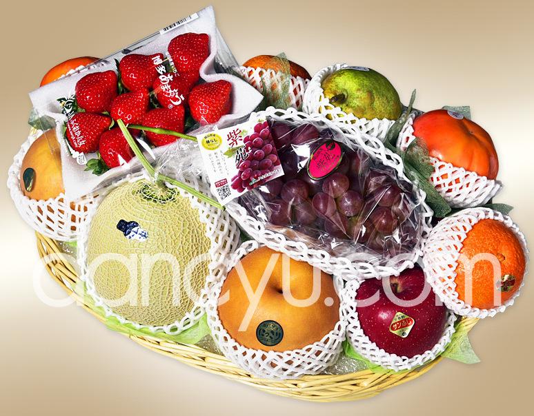 季節の特選フルーツバスケット ※冷蔵の写真