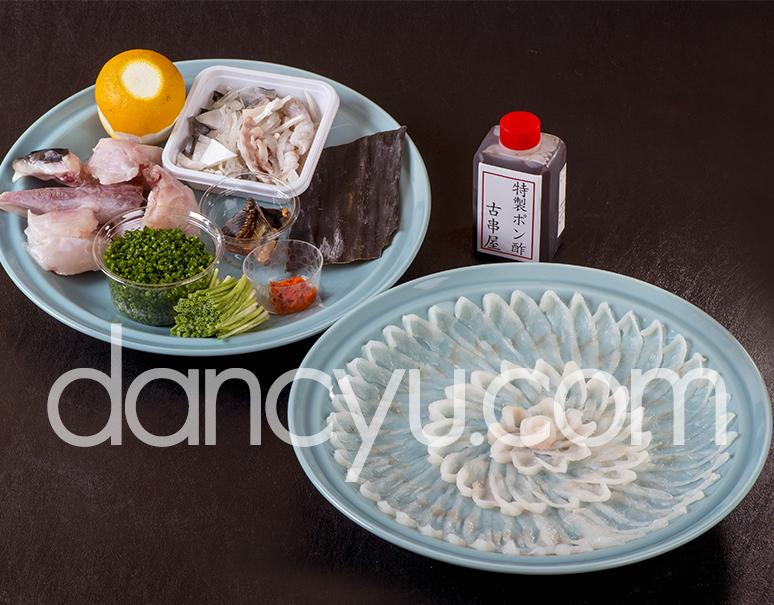 『下関 古串屋の天然とらふくセット』 刺し身、ちり鍋用 2〜3人前  ※冷蔵の写真