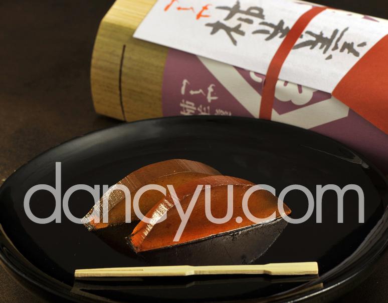 御菓子つちや 堂上蜂屋柿を使用 竹容器入り「柿羊羹」1本(220g)の写真