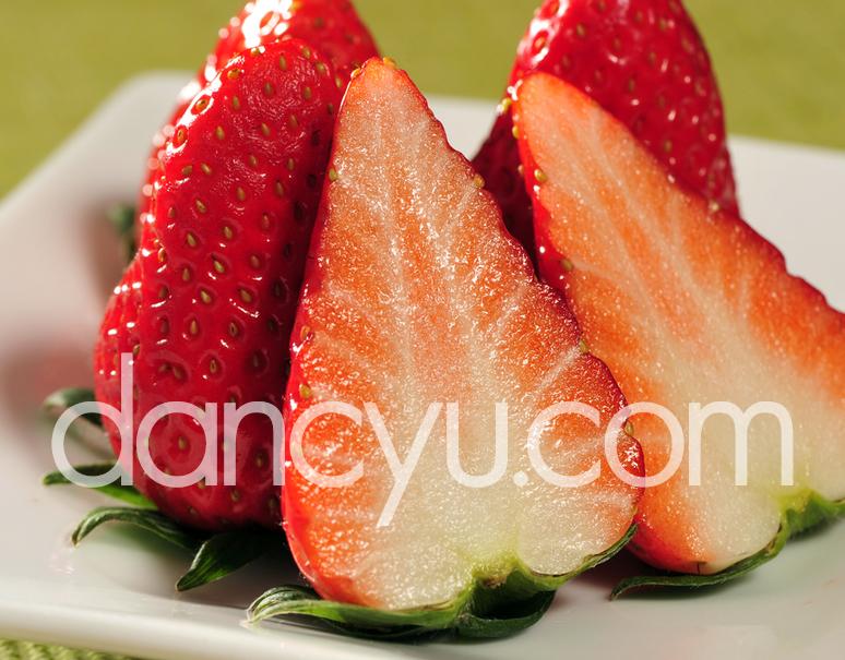 新いちご『きらぴ香いちご』静岡県産 約300g×2パック ※冷蔵の写真