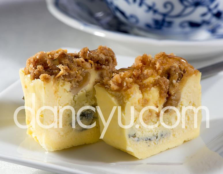 Lesolca(レゾルカ)『贅沢チーズケーキ』 マルタ島ゴゾはちみつ付 300g 化粧箱入 ※冷蔵の写真