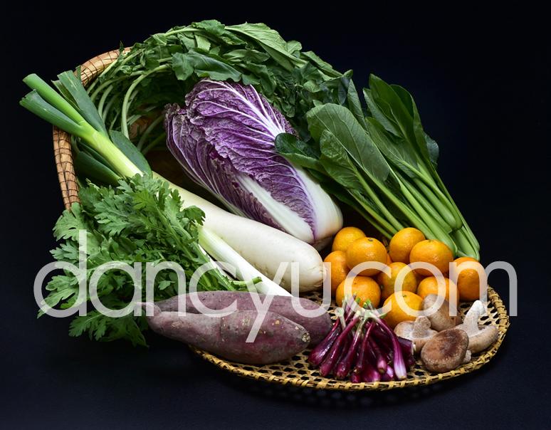 さぬき こだわり市厳選『朝穫れ直送!冬の野菜セット(目安として6〜9種類)』 香川県産 ※冷蔵の写真